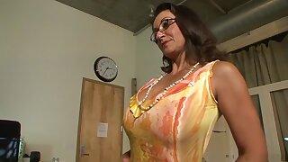 Dead beat pornstars Persia Monir together with Bonnie Skye encircling hottest brunette, fault xxx chapter